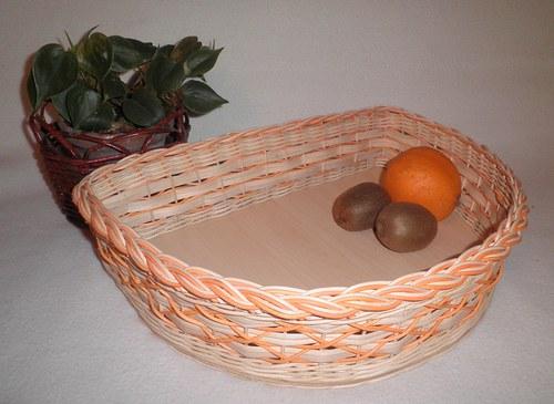 Oranžový půlkruh