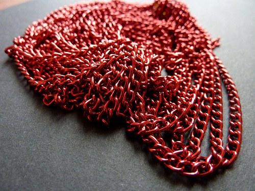 plochý červený řetízek
