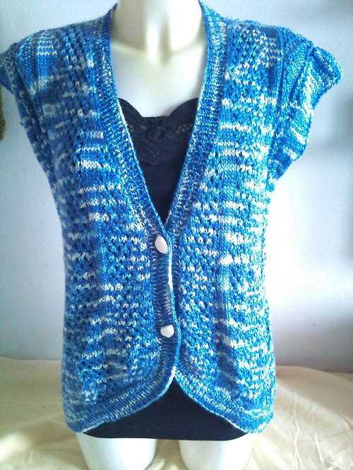 Vestička žíhaná modrofialová