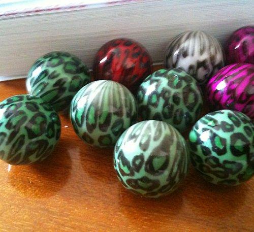 plastové kuličky leopardí 18mm,zelená 4ks