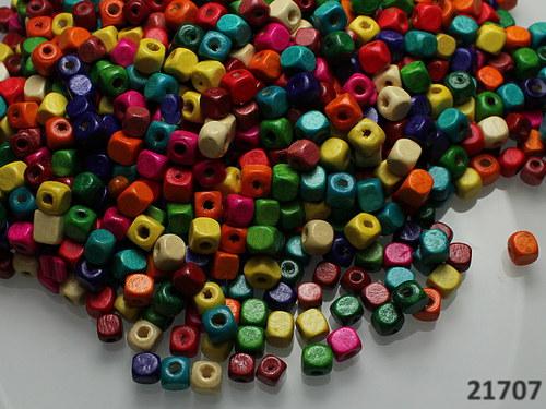 21707 Dřevěné kostičky 5mm MIX, bal.10g. ± 150ks