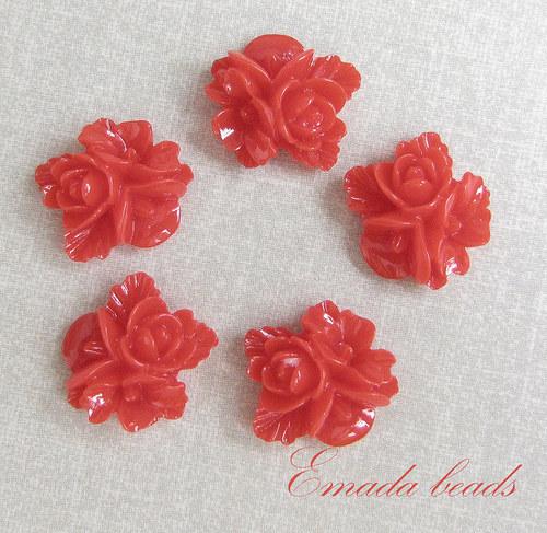 Resin květiny, kabošon červená, 1,5 cm