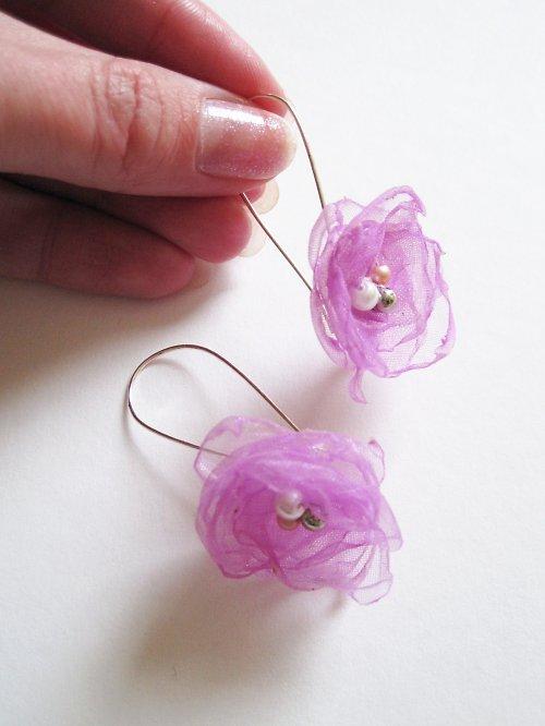 Jemně fialkové květinky