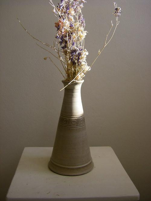 Váza  úzká