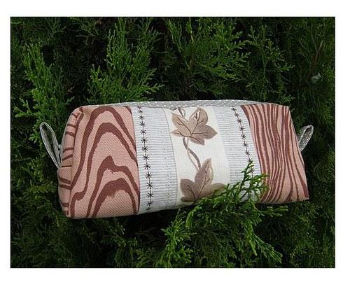 kosmetická taštička dřevěná :-)