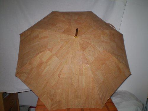 Deštník z korkové kůže
