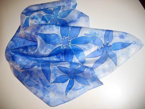 Ručně malovaný hedvábný šátek