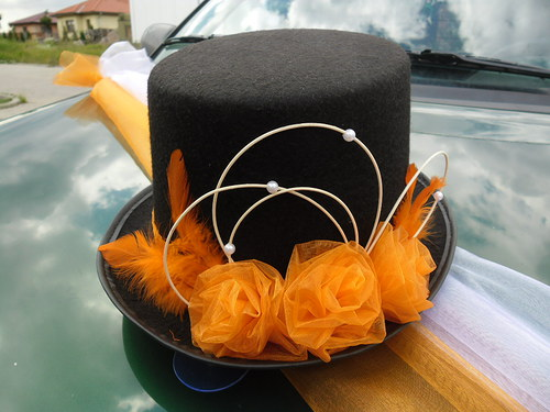 Cylindr na auto pro ženicha - oranžový