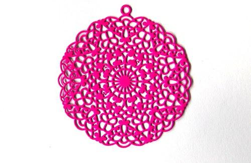 Měděný přívěsek kolečko 4cm - růžové