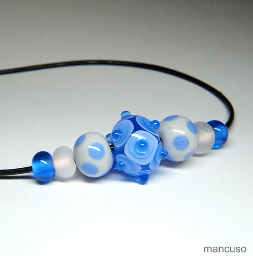 náhrdelník modrošedý