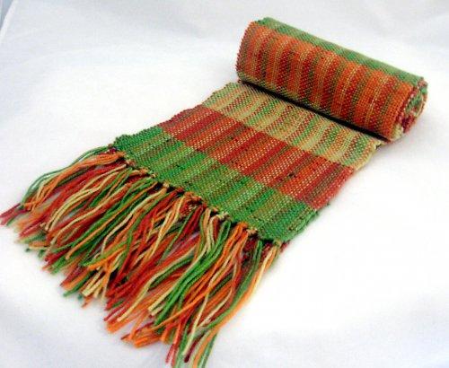 Tkaná šála v teplých barvách - SLEVA z 333Kč