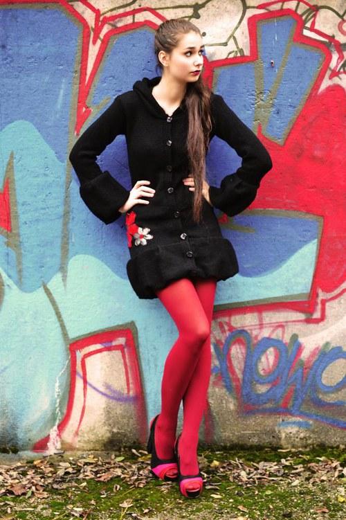 Čierny kabátik