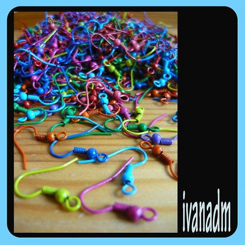 Naušnicové háčky - barevné