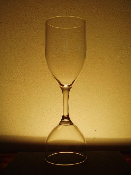 sklenička na 1 i 2 dcl