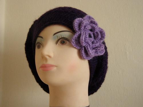Baskický baret -   tm. fialový, mohérový