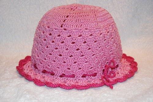 Krásný růžový klobouček