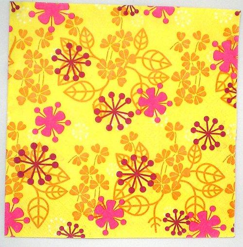 Ubrousek žluté kytky UB016