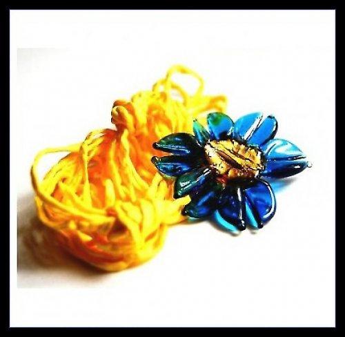 Začarovaná květina