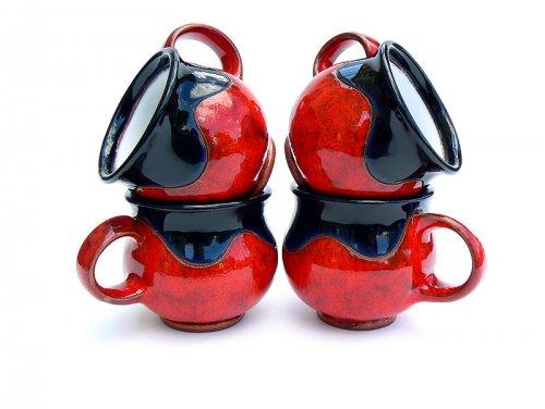 Caffé Cherry Red