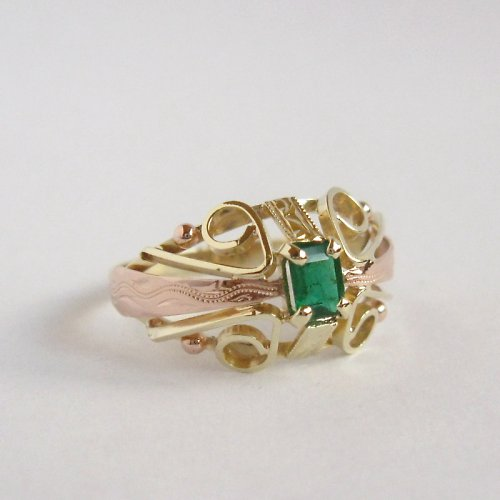 Baroko II (prsten se smaragdem; Au 585/1000; 3,5g)