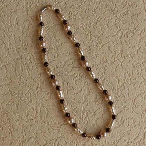 náhrdelník   - perle hnědé