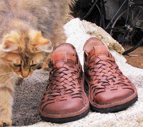 kožené sandále