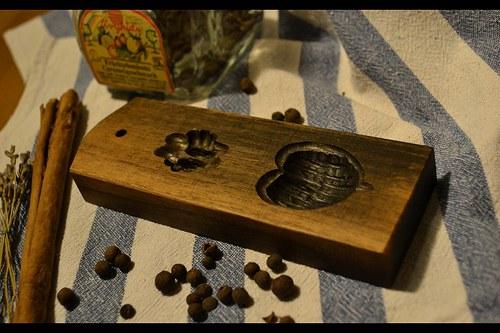 Forma na cukroví-oříšek - ořech