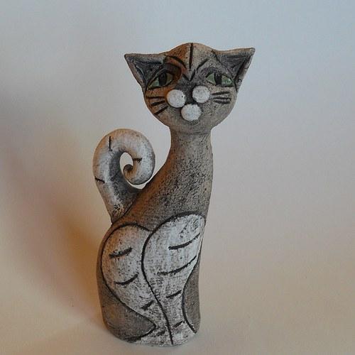 Kočička Běla