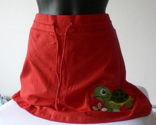 Sukně s kraťáskama+hladová želva:)