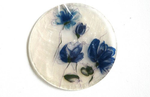 009 perleťové placky tenké - květy modré