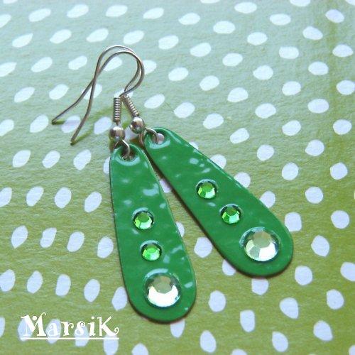 Hráškově zelené s kamínky... SLEVA