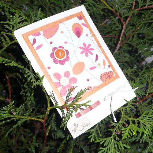Květinky na stromě