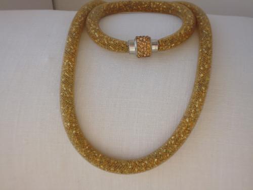 Náhrdelník  a náramek zlatý