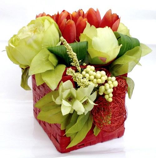 Květinová dekorace tulipány