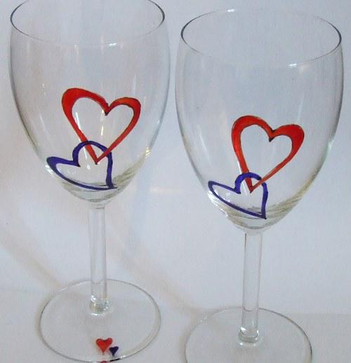 Dvě sklenice na víno - Spojená srdce