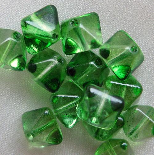 pyramidky (sluníčka) světle zelené