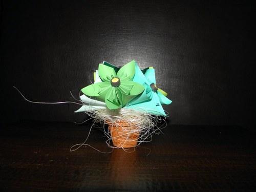 Kusudama květník