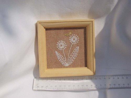 Paličkovaná miniatura - kytička