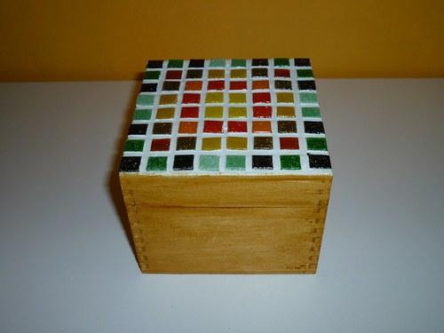 Krabička zdobená mozaikou - PODZIM