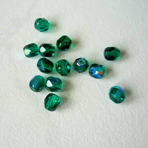 Broušené ohňovky smaragdové 6mm