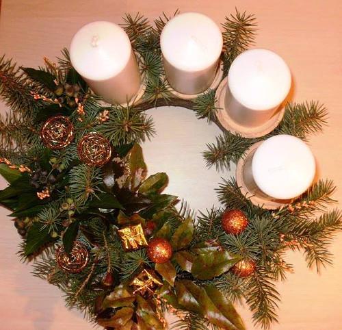 Keramický věnec na svíčky