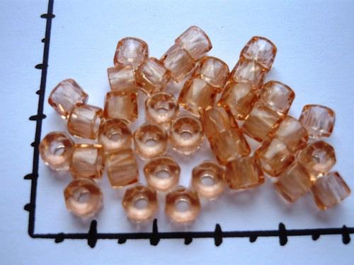 Korálky bavoráky světle růžová 6mm, 36ks