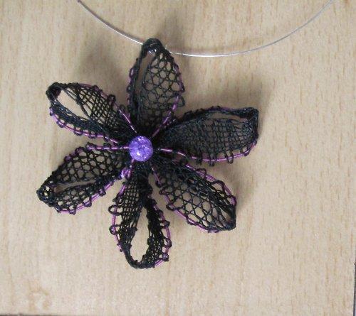 Temný květ