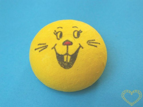 obličej - otevřený úsměv - žlutý vatový piškot
