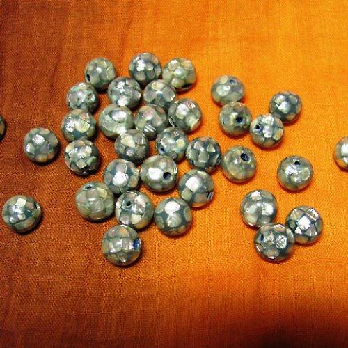 korálky - kuličky polepené perleťovými plátky