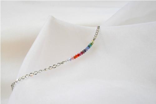 Duhový náhrdelník