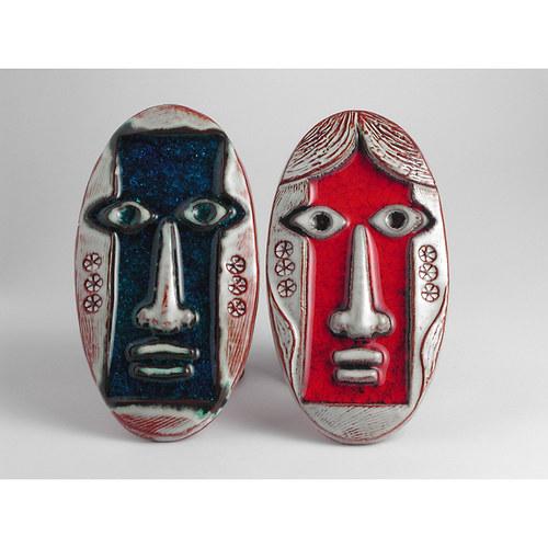 Masky na zeď, muž a žena v páru
