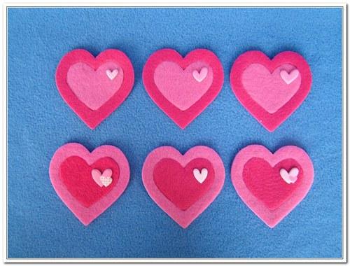 Růžová zdobená srdce z plsti - 6 kusů