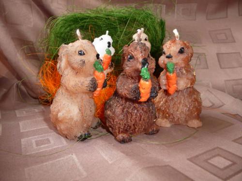 Svíčka - velikonoční zajíček menší s mrkvičkou