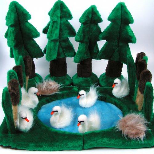 Labutí jezero - autorská hračka